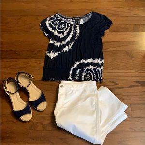 Style & Co White Skimmer Length Shorts EUC Size 6